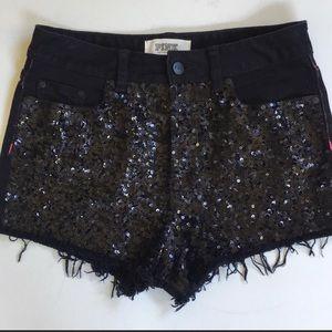 EUC PINK Victoria's Secret Black Shorts